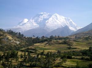 Huascarán (6768 m), Cordillera Blanca, Perú
