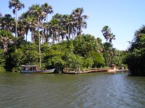 Barreirinhas, traversée de la rivière pour entrer dans le Parque Nacional Lençóis Maranhenses