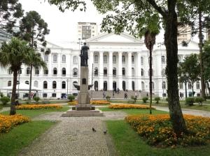 Universidade Federal do Paraná, Praça Santos Andrade