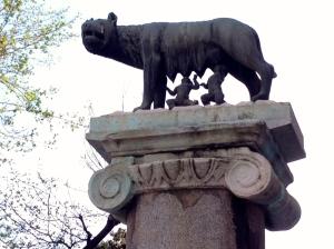 Romolo e Remo, Piazza del Campidoglio