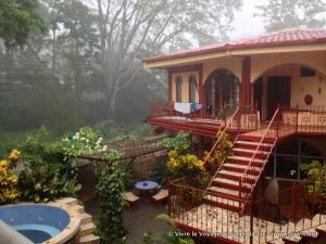 L'hostel Cool vibes sous la pluie